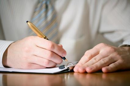 Cum sa scrii o scrisoare de recomandare pentru un fost angajat