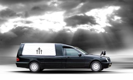 Accident cu masina funerara