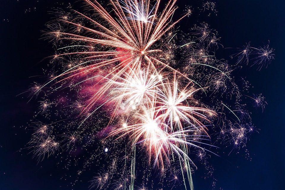 Ce presupune lansarea unui business cu artificii?