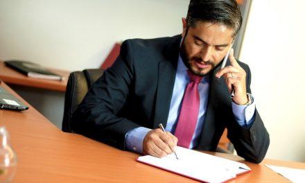 Ai nevoie de servicii juridice moderne? Tine cont de aceste sfaturi atunci cand alegi un avocat de drept comercial